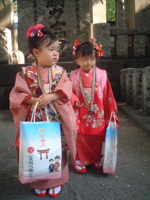 05-1105_momonono.jpg