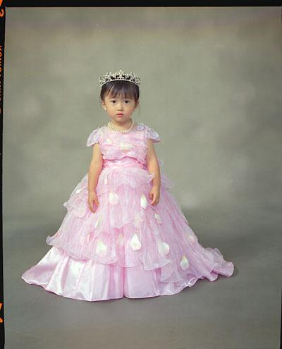 05-753_Ndoka_w_dress.jpg