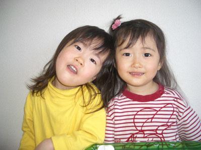 06-0318_MomoNono_up.jpg