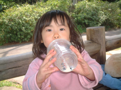 06-0401_momi-tea_3.jpg